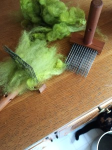 shetland-wool-on-combs